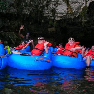Cave-Tubing - Fun for children & adults of all ages