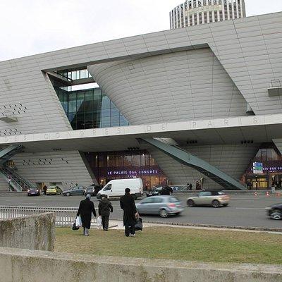 Front-palais des congres