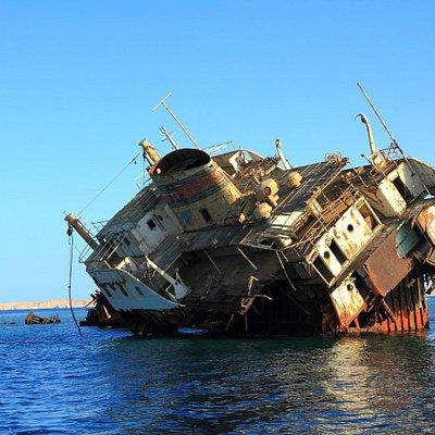 Russian shipwreck 1
