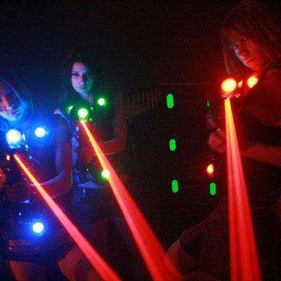 I corpetti e i fucili laser