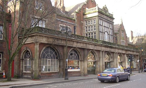Stoke on Trent Railway Station; main entrance from Winton Square