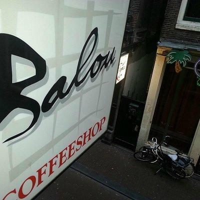 Coffeeshop Balou sign