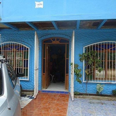 Outside the San Juan del Sur Spanish School