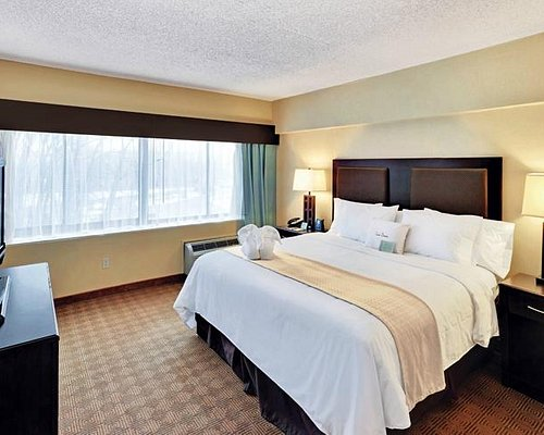 The 10 Closest Hotels To Red Roof Inn Tinton Falls Jersey Shore Tripadvisor Find Hotels Near Red Roof Inn Tinton Falls Jersey Shore