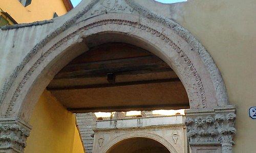Chiesa di S.Lorenzo-in corso Cavour-Verona