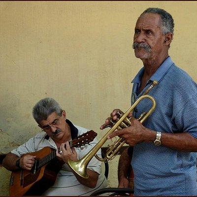 Musicians at Trova