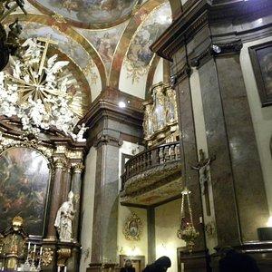 Baroque decor and the ornate organ