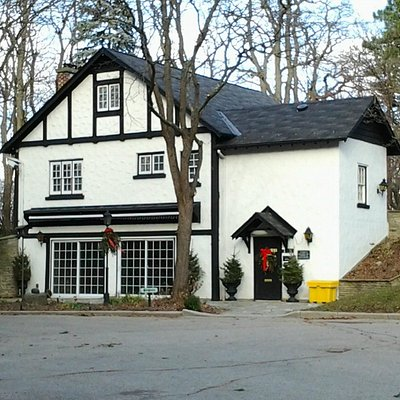 Fieldcote Memorial Park & Museum