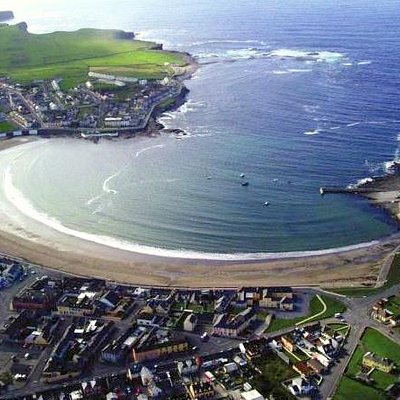 Over head view of kilkee bay