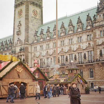 Christmas market in front of Town Hall
