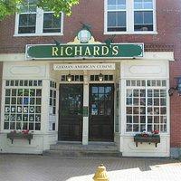 Richard's Restaurant Storefront