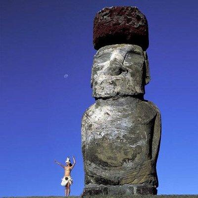 Rapa Nui girl at Ahu Tongariki