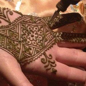 Beautiful Henna Art From Professional Local Artisans