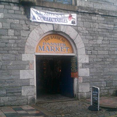 Barbican Panier Market