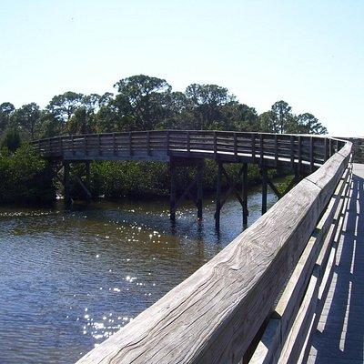 walking path/bridge at Ann Dever Park