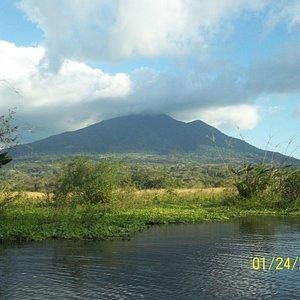 Rio Istian-Maderas Volcano