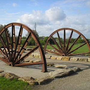 Miners Memorial and Pit Wheel.