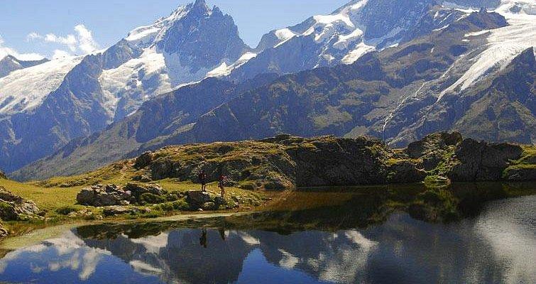 La Meije (3983m) vue du Lac Lérier