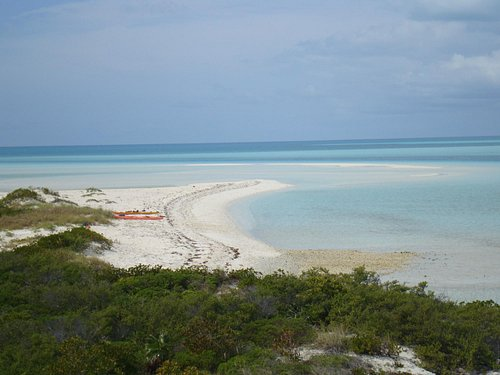 Osprey Cay,whether by powerboat, by sailboat or by kayak is a beautiful spot in the Cays.