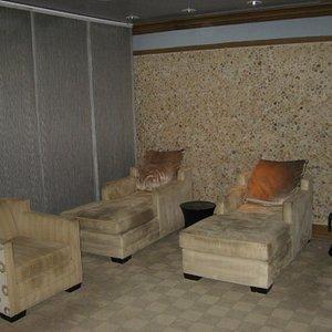 Men's Relaxation Room