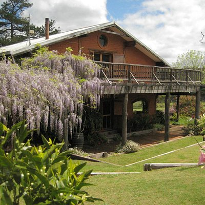 Mountford Wines, Cidery and Art Gallery