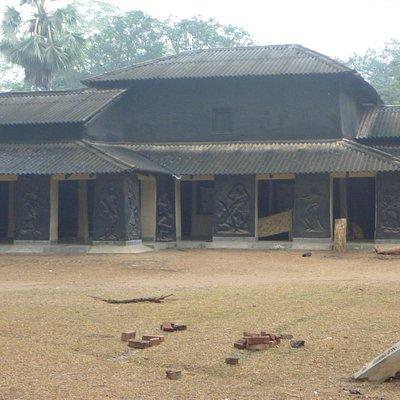 Kala Bhavan huts with murals