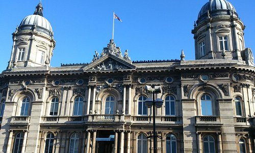 Hull Maritime Museum, view from Queen Victoria Square.