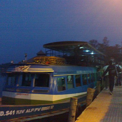 Kollam - Alleppy Boat