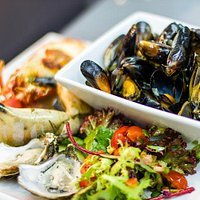 Am Birlinn Shellfish Platters