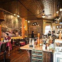 TAPAteria Interior & Wine Bar