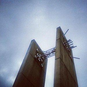 Europa-Denkmal from ground level