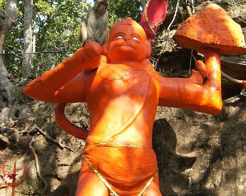 Lord Hanuman & his Wanar Sena