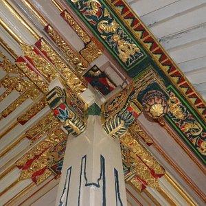 Intricate Tumpangsari art