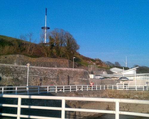 Mount Wise Park and signal mast