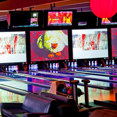 22 Bowling Lanes