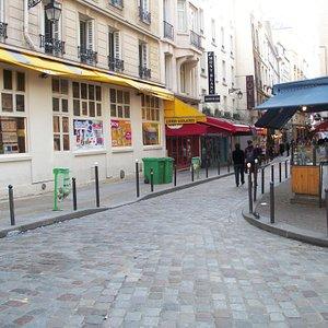 early morning at Rue de la Huchette