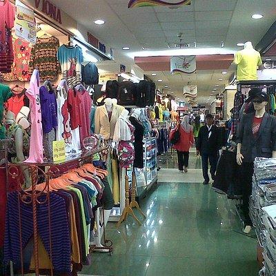Shopping alley at Mangga Dua Square ground floor