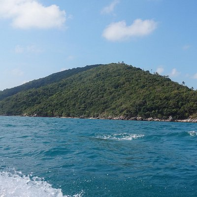 Koh Tan from the seaside