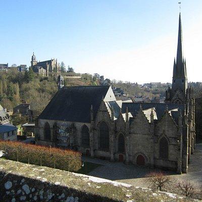 eglise st sulpice vue du  chateau