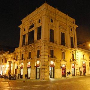 Sede del museo dell cere di notte nella splendida cornice di Palazzo Colonna