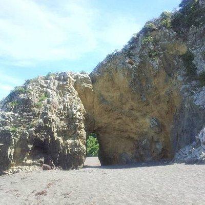 Breaker Bay Rock Hole