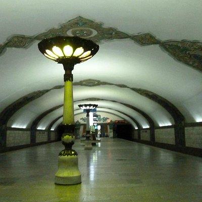 Einer der prächtigen Bahnhöfe