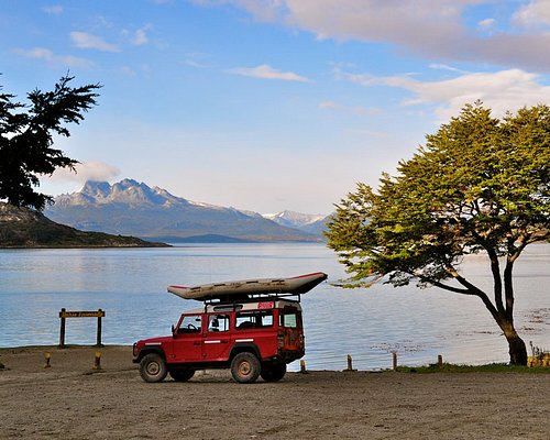 We offer Active & Tailored Tours in Tierra del Fuego