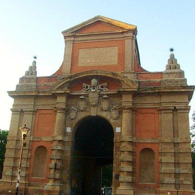 ガッリエラ門