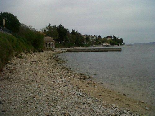 Kolovare Beach, looking south