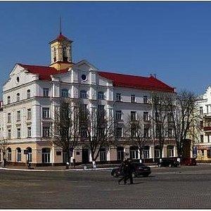 на площади Чернигов