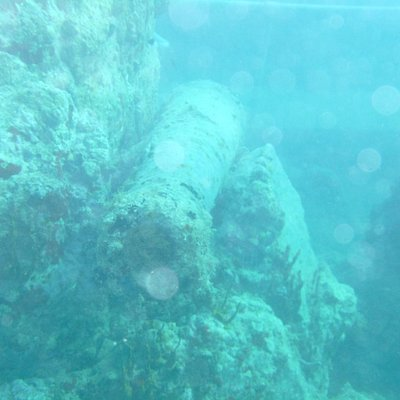 Bronze cannon from wreck from Brittish Frigate 1800s