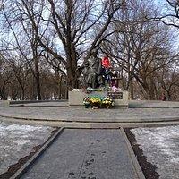 памятник Т.Г Шевченко