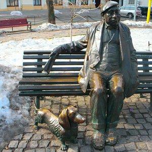 Mykola Yakovchenko Monument