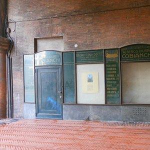 Albergo Cobianchi-Voltone Podestà-Bologna